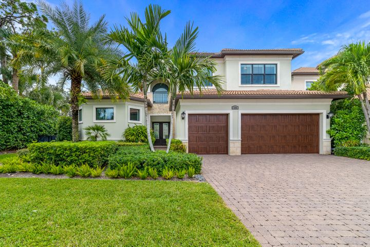 255 Gardenia Isles Drive, Palm Beach Gardens, FL 33418