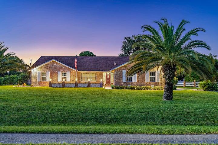 8667 150th Court N, West Palm Beach, FL 33418