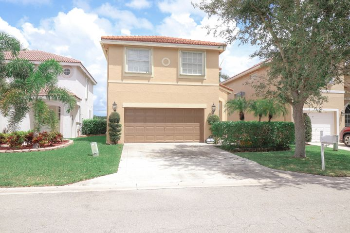 7655 Springfield Lake Drive, Lake Worth, FL 33467