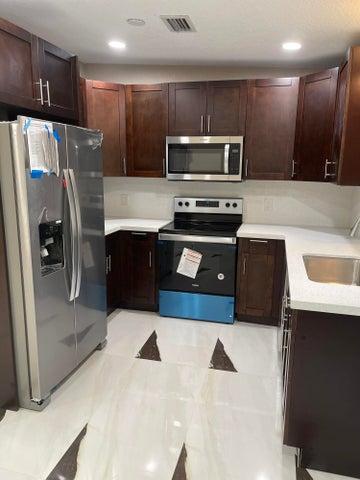 300 Lyman Place, West Palm Beach, FL 33409