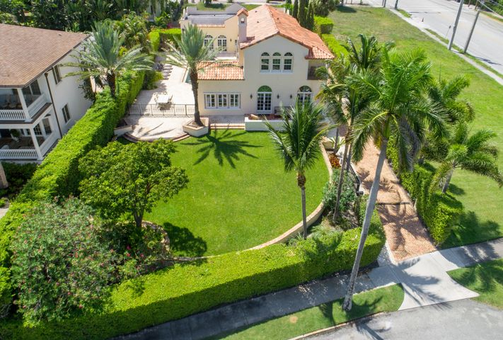 1217 N Flagler Drive, West Palm Beach, FL 33401