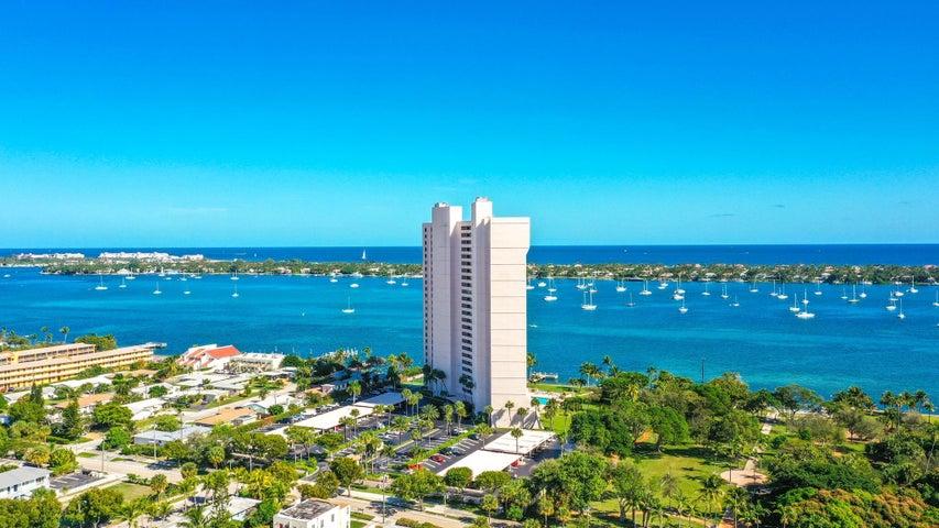5200 N Flagler Drive, 705, West Palm Beach, FL 33407
