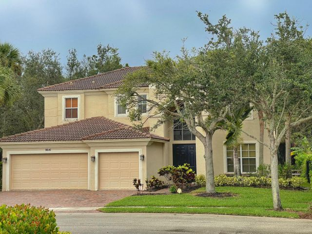 8641 Palisades Lake Drive, West Palm Beach, FL 33411