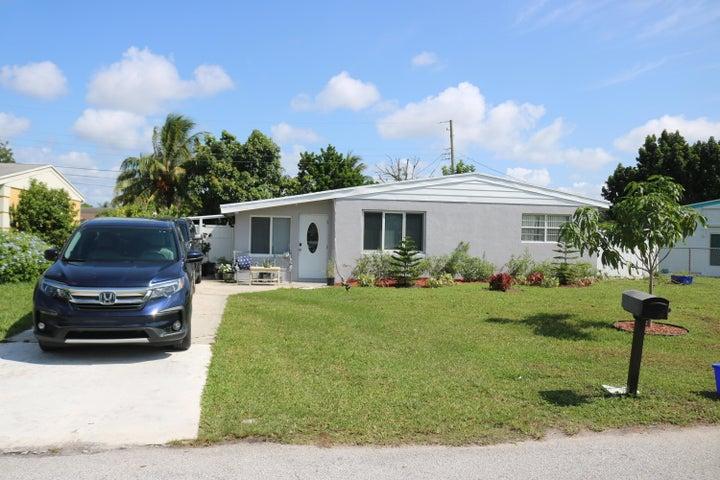 4049 Winchester Lane, West Palm Beach, FL 33406