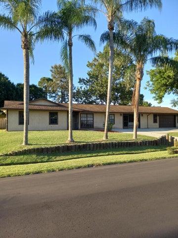 1581 SW Latshaw Avenue, Port Saint Lucie, FL 34953