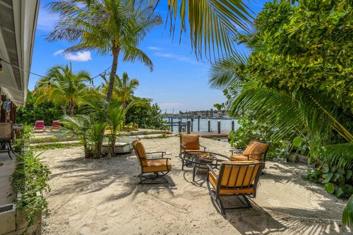 1566 Thumb Point, 1-2, Hutchinson Island, FL 34949