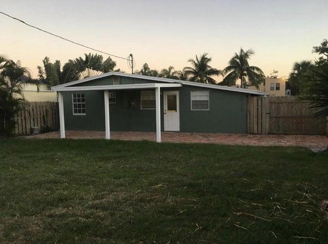 615 El Prado, West Palm Beach, FL 33405