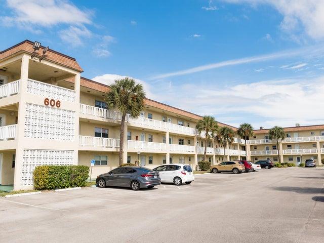 606 SW Natura Boulevard, 212, Deerfield Beach, FL 33441