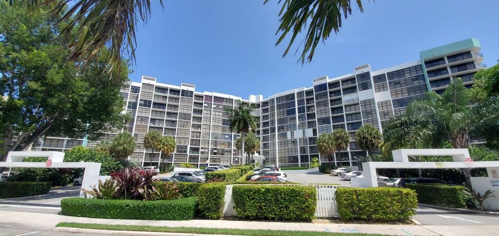 400 Leslie Drive, 427, Hallandale Beach, FL 33009