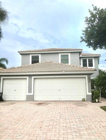 4902 Victoria Circle, West Palm Beach, FL 33409
