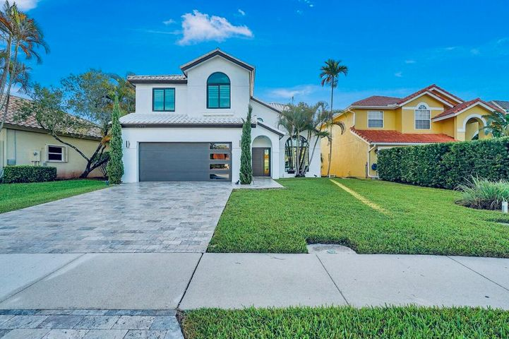 20896 La Questa Court, Boca Raton, FL 33428