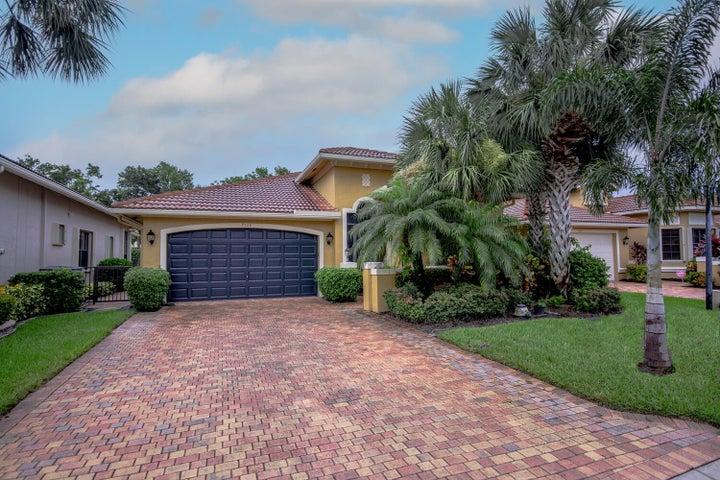 7126 Boscanni Drive, Boynton Beach, FL 33437