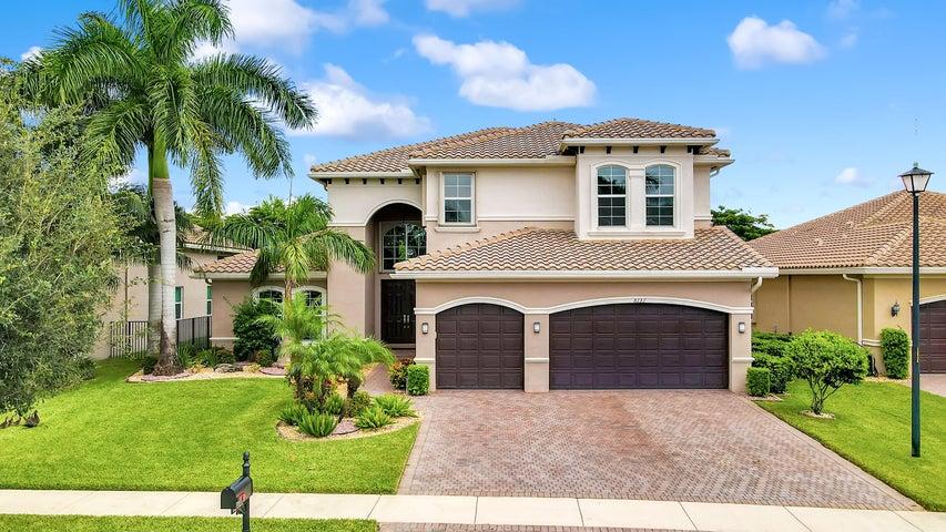 8131 Viadana Bay Avenue, Boynton Beach, FL 33473