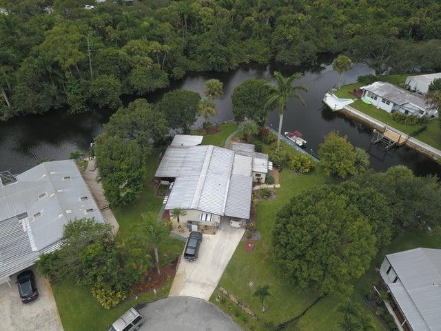 102 SE Paradise Place, Stuart, FL 34997