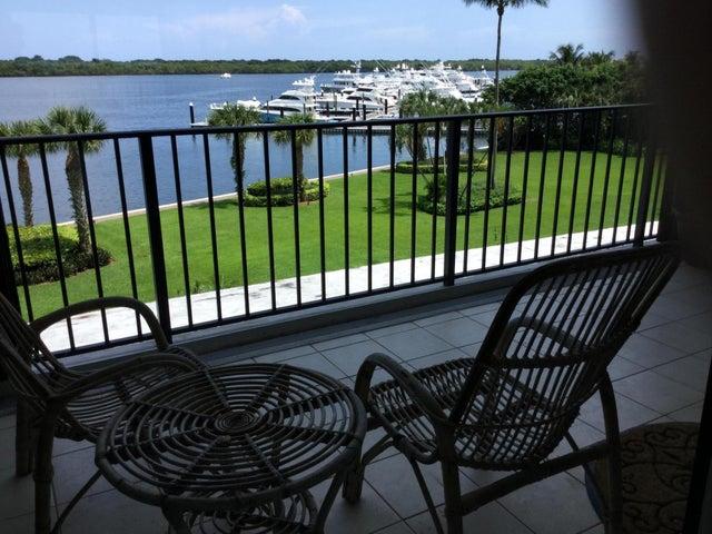 124 Lakeshore Drive, 428, North Palm Beach, FL 33408