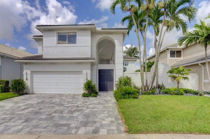 5779 Regency Circle W, Boca Raton, FL 33496