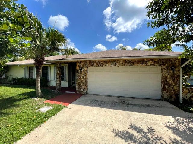 2520 SW 5th Street, Boynton Beach, FL 33435