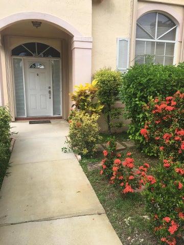 18865 NW 1st Street, Pembroke Pines, FL 33029