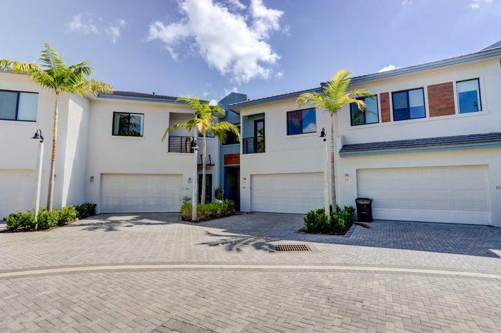 2207 Florida Blvd, Delray Beach, FL 33483