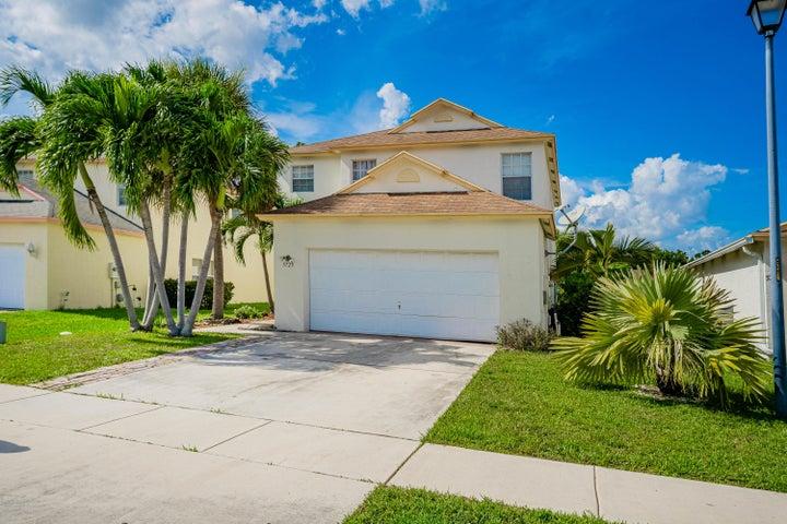 5725 Azalea Circle, West Palm Beach, FL 33415