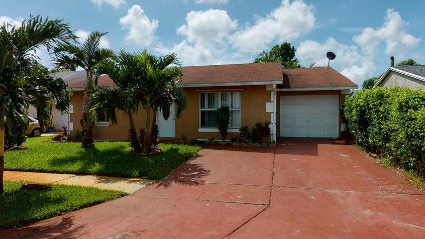 5416 Edgerton Avenue, Lake Worth, FL 33463