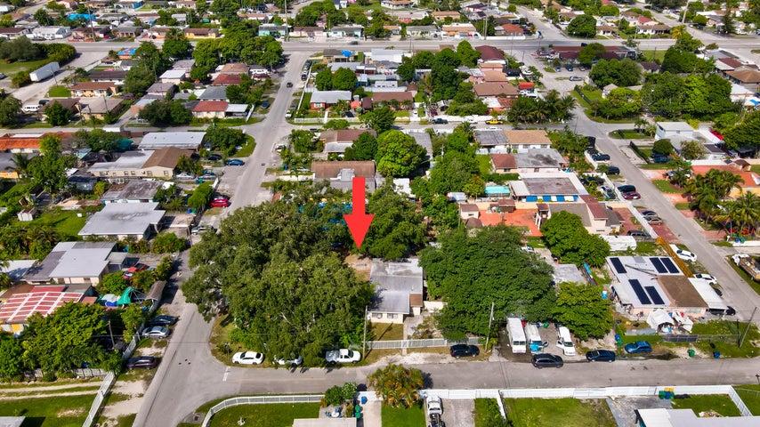 9000 NW 31st Avenue, Miami, FL 33147