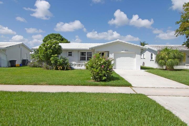 517 SW 18 Street, Boynton Beach, FL 33426