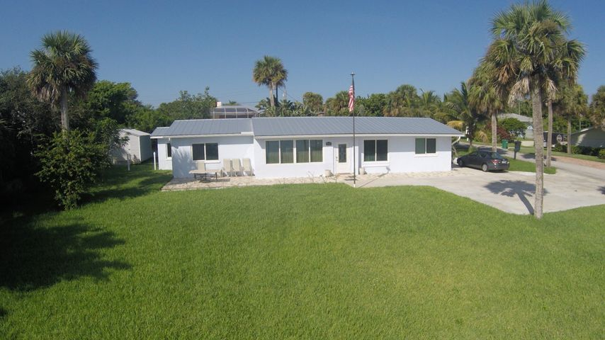 12521 S Indian River Drive, Jensen Beach, FL 34957