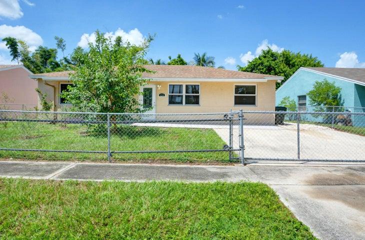 4208 Caesar Circle, Greenacres, FL 33463