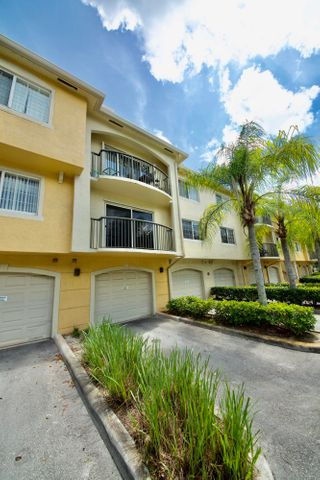 1700 Crestwood Court S, 1706, Royal Palm Beach, FL 33411