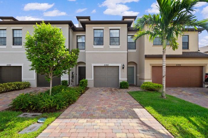 2390 Byron Street, Palm Springs, FL 33406