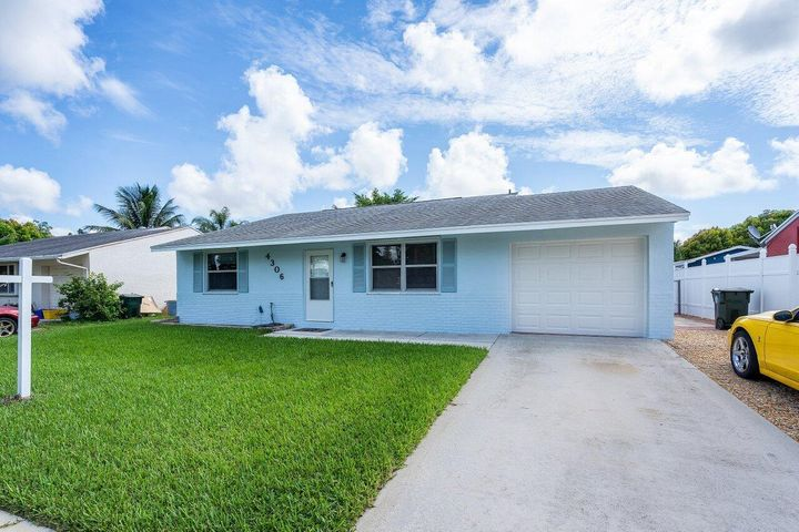 4306 Empire Way, Greenacres, FL 33463