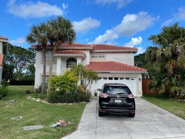 10611 Buttonwood Lake Drive, Boca Raton, FL 33498