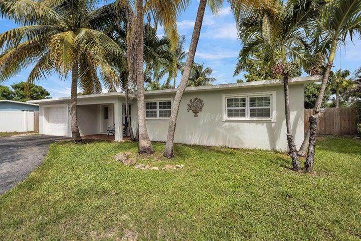 7106 Clarke Road, Lake Clarke Shores, FL 33406