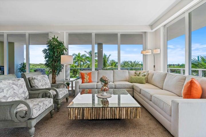 2720 Donald Ross Road, 301, Palm Beach Gardens, FL 33410