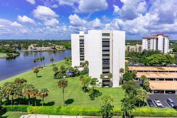 336 Golfview Road, 503, North Palm Beach, FL 33408