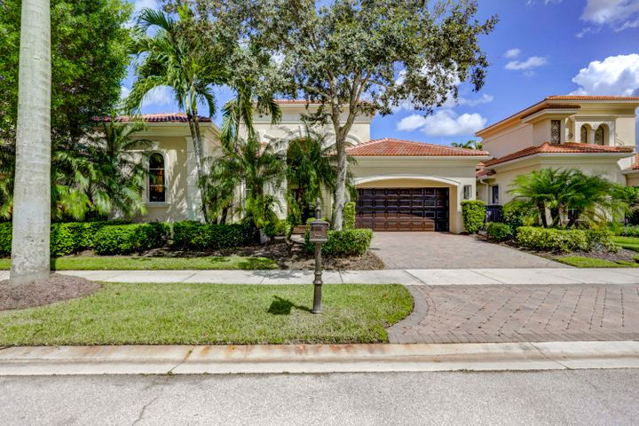 135 Olivera Way, Palm Beach Gardens, FL 33418