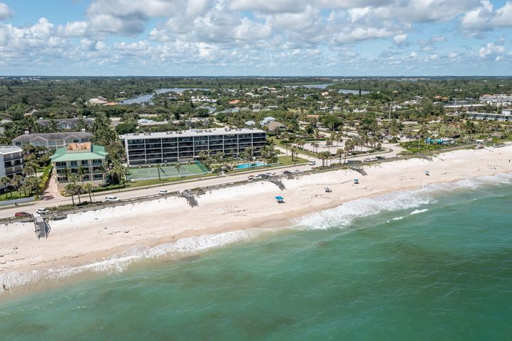 4141 Ocean Drive, 406, Vero Beach, FL 32963