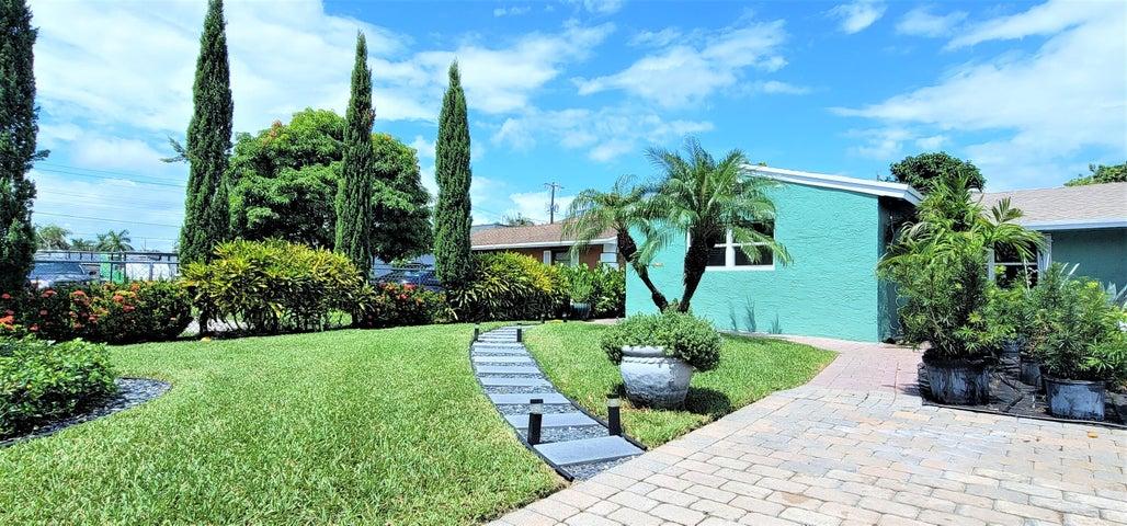 4431 Saturn Avenue, West Palm Beach, FL 33406