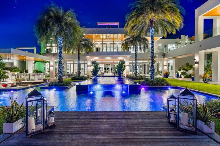 1104 Seminole Boulevard, North Palm Beach, FL 33408