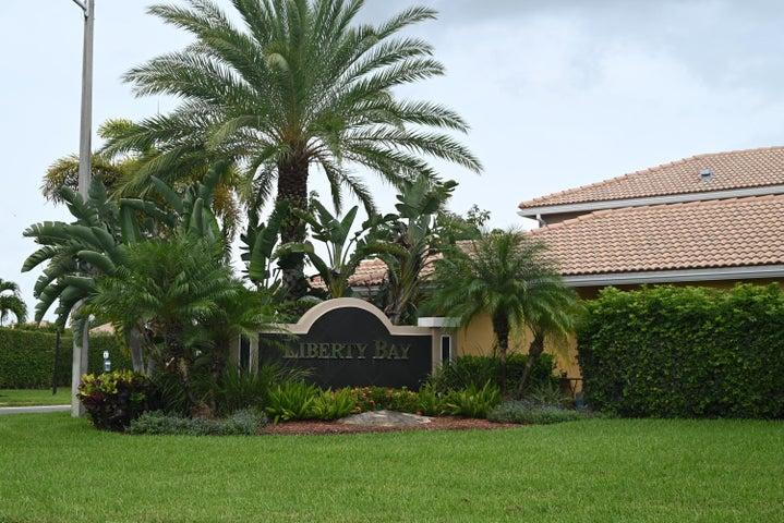 6611 Duval Avenue, West Palm Beach, FL 33411