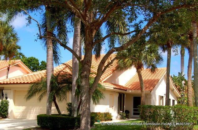 2602 Mohawk Circle, West Palm Beach, FL 33409
