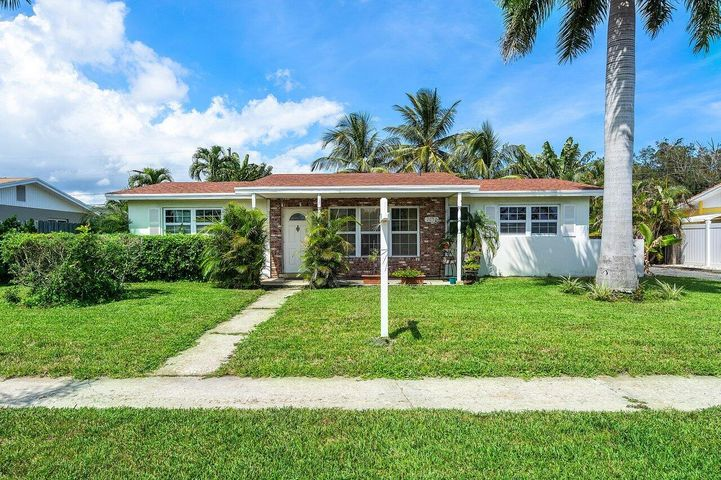 2637 Exuma Road, West Palm Beach, FL 33406