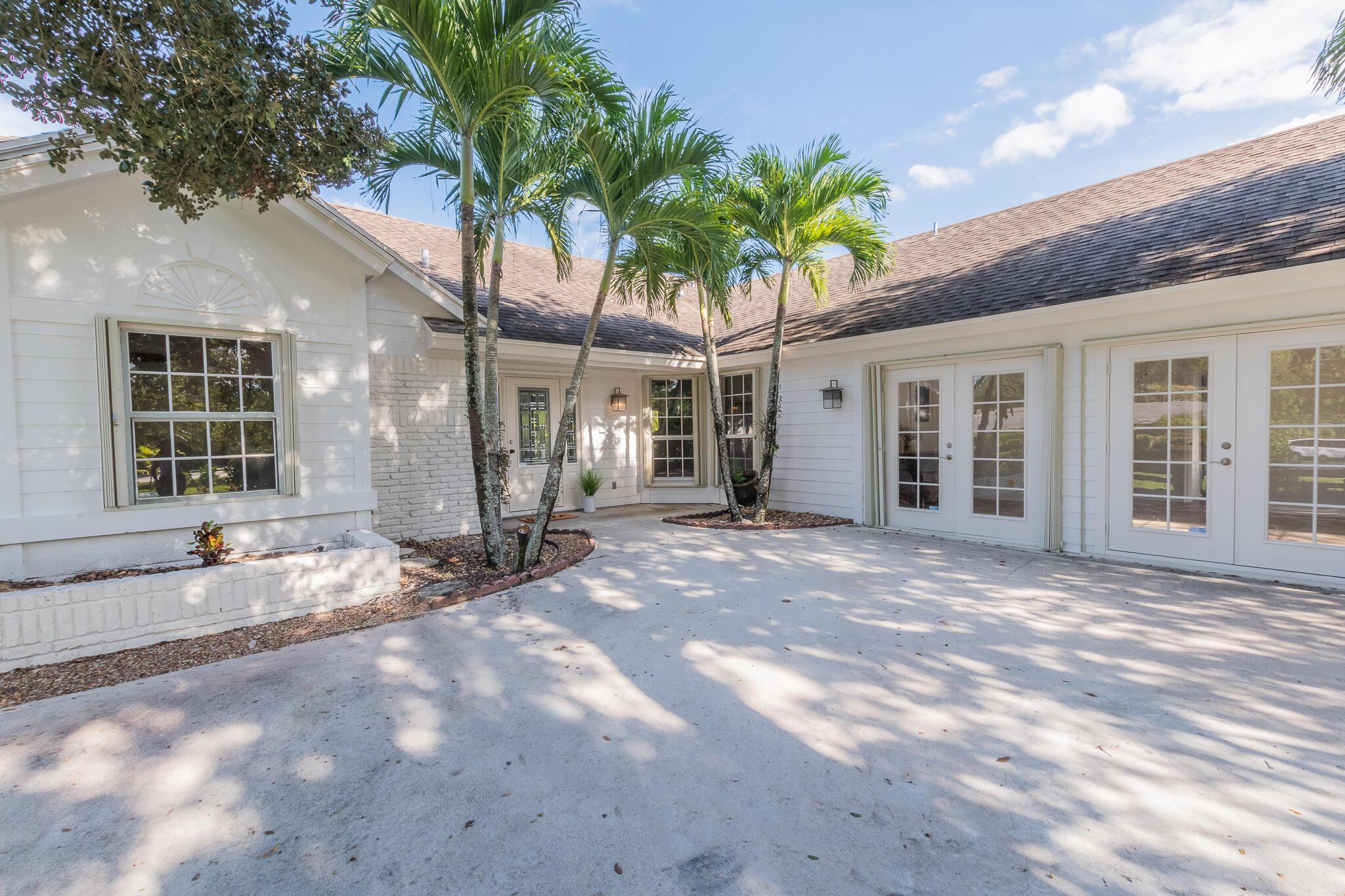5890 Royal Palm Beach Boulevard, The Acreage, FL 33411