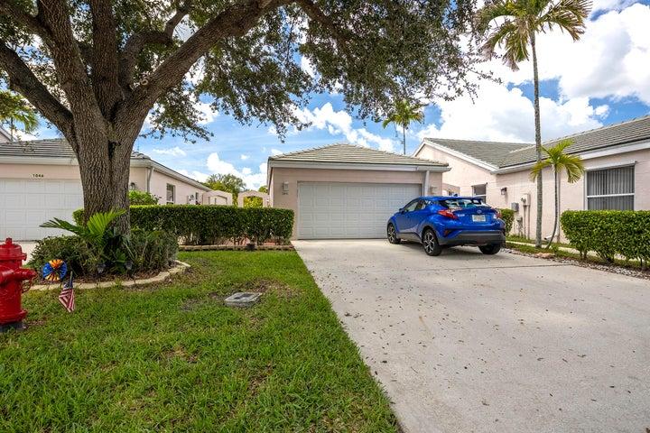 1045 Island Manor Drive, Greenacres, FL 33413