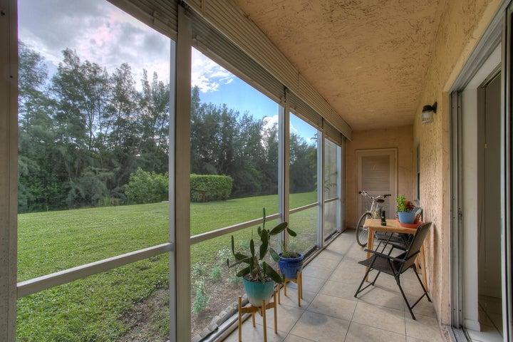 110 Lake Meryl Drive, 116, West Palm Beach, FL 33411