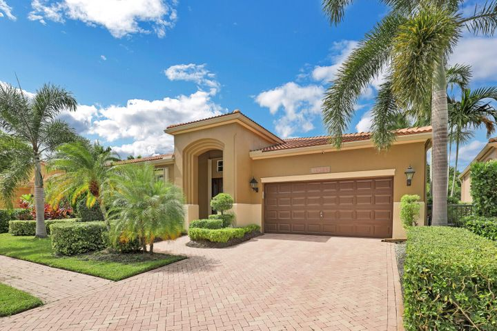 10780 Waterford Place, West Palm Beach, FL 33412