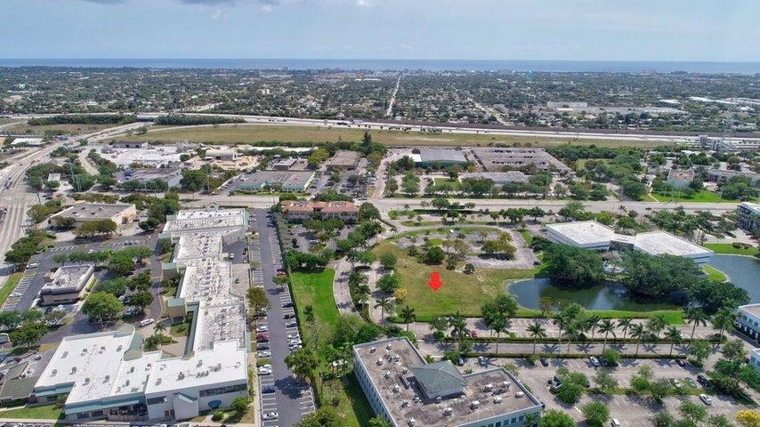 180 Congress Park Drive, Delray Beach, FL 33445
