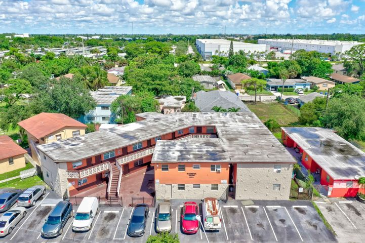 2151 NW 7th Street, Fort Lauderdale, FL 33311
