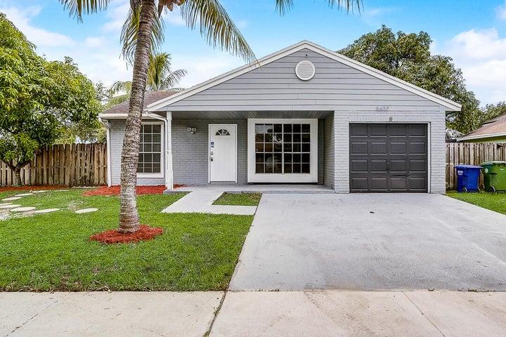 8600 SW 14th Street, Pembroke Pines, FL 33025